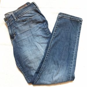 Denizen by Levi's cropped jeans Sz 12